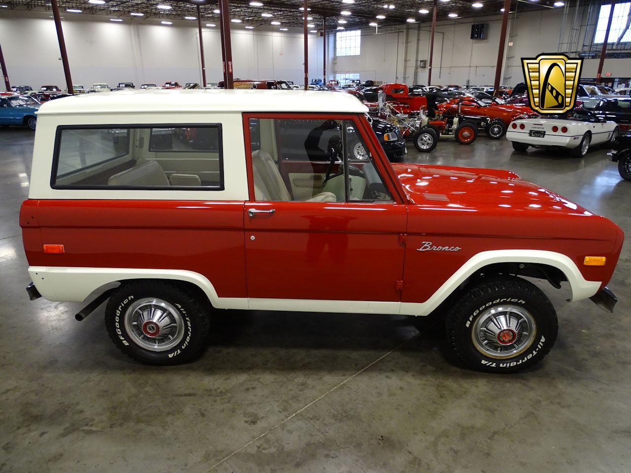 Large Picture of Classic '73 Bronco - MN68