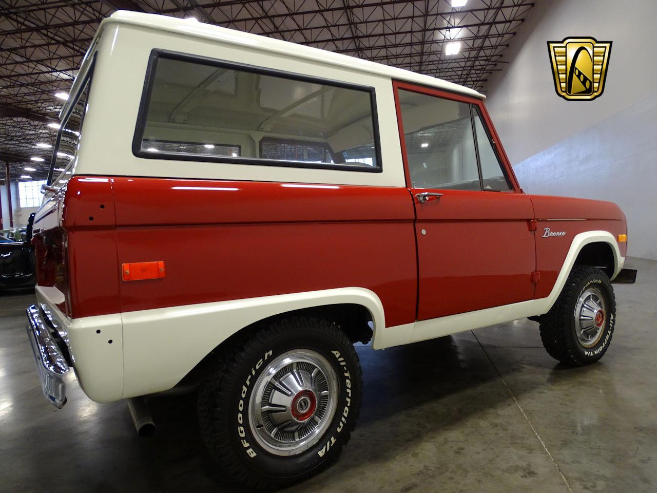 Large Picture of '73 Ford Bronco located in Tennessee - MN68