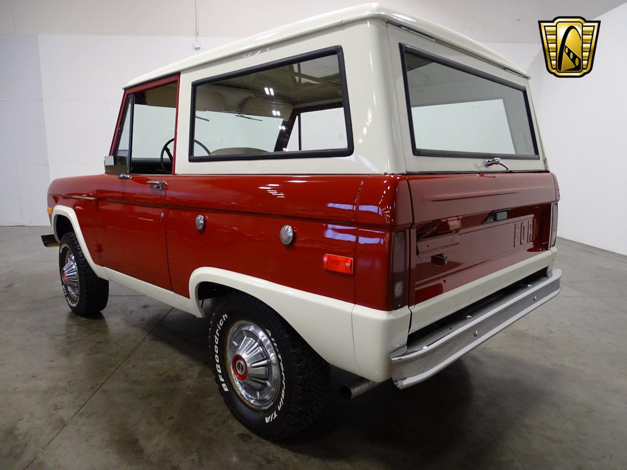 Large Picture of Classic '73 Ford Bronco located in La Vergne Tennessee - MN68
