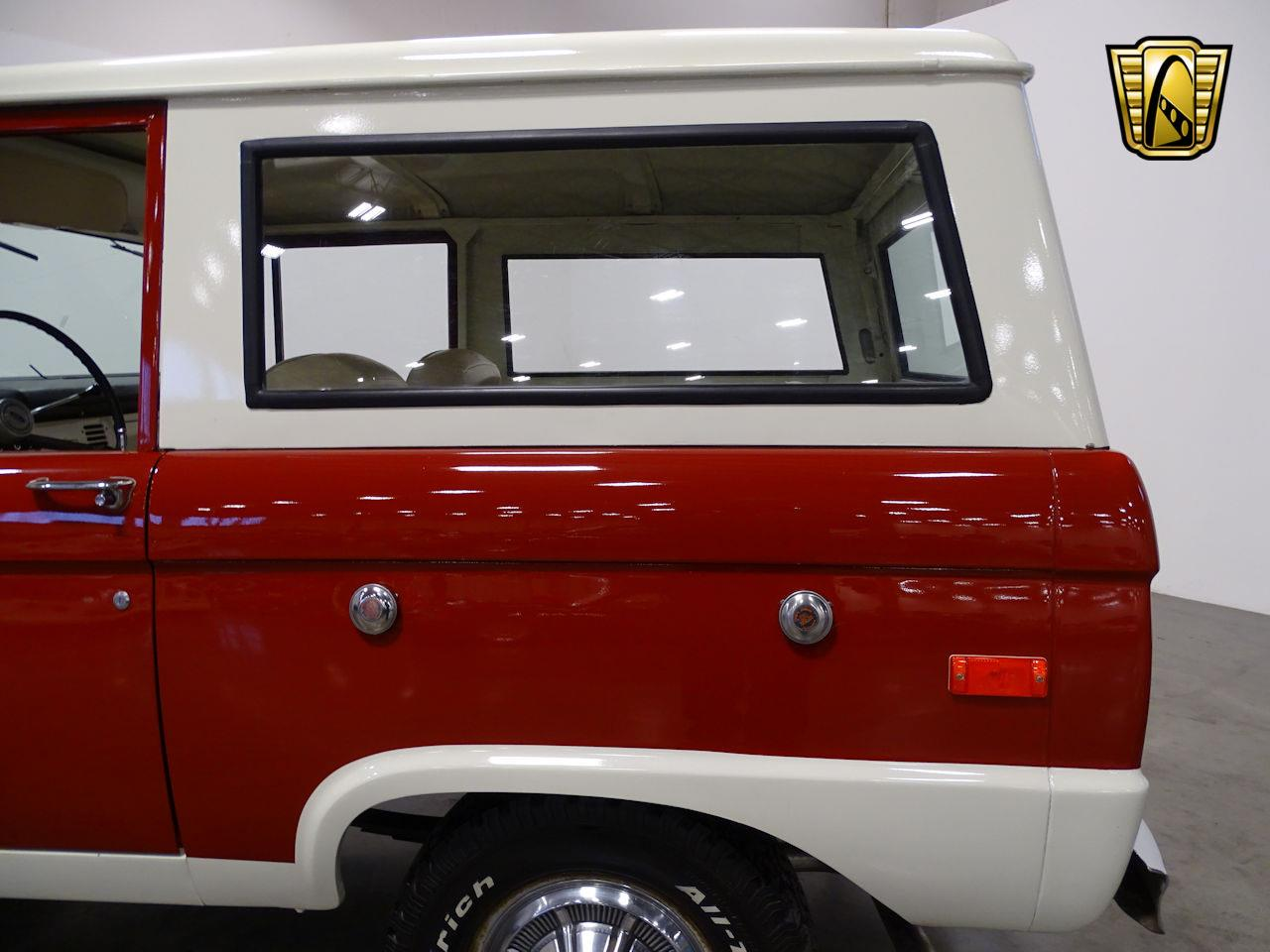 Large Picture of '73 Ford Bronco - $37,995.00 - MN68