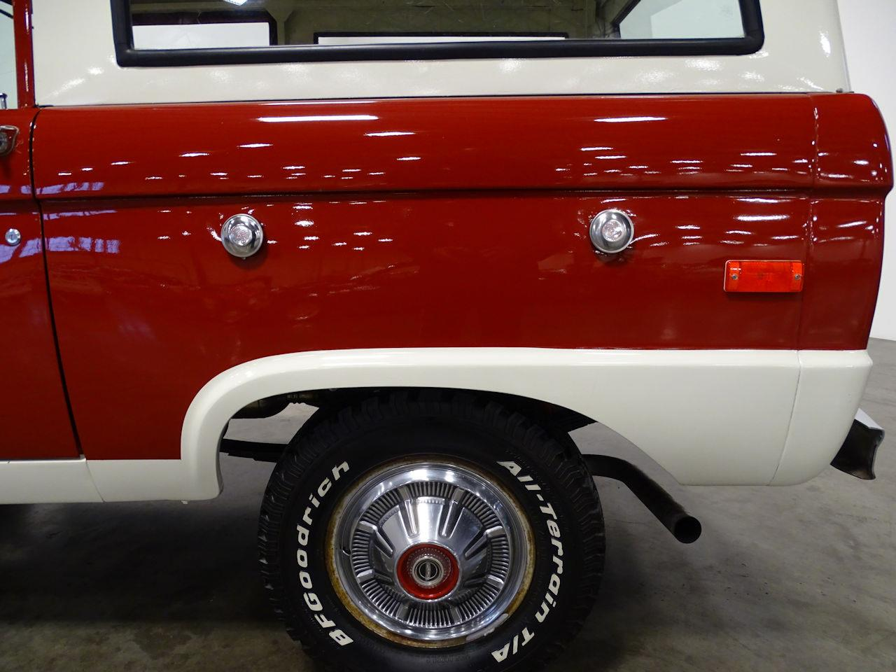 Large Picture of '73 Ford Bronco - MN68