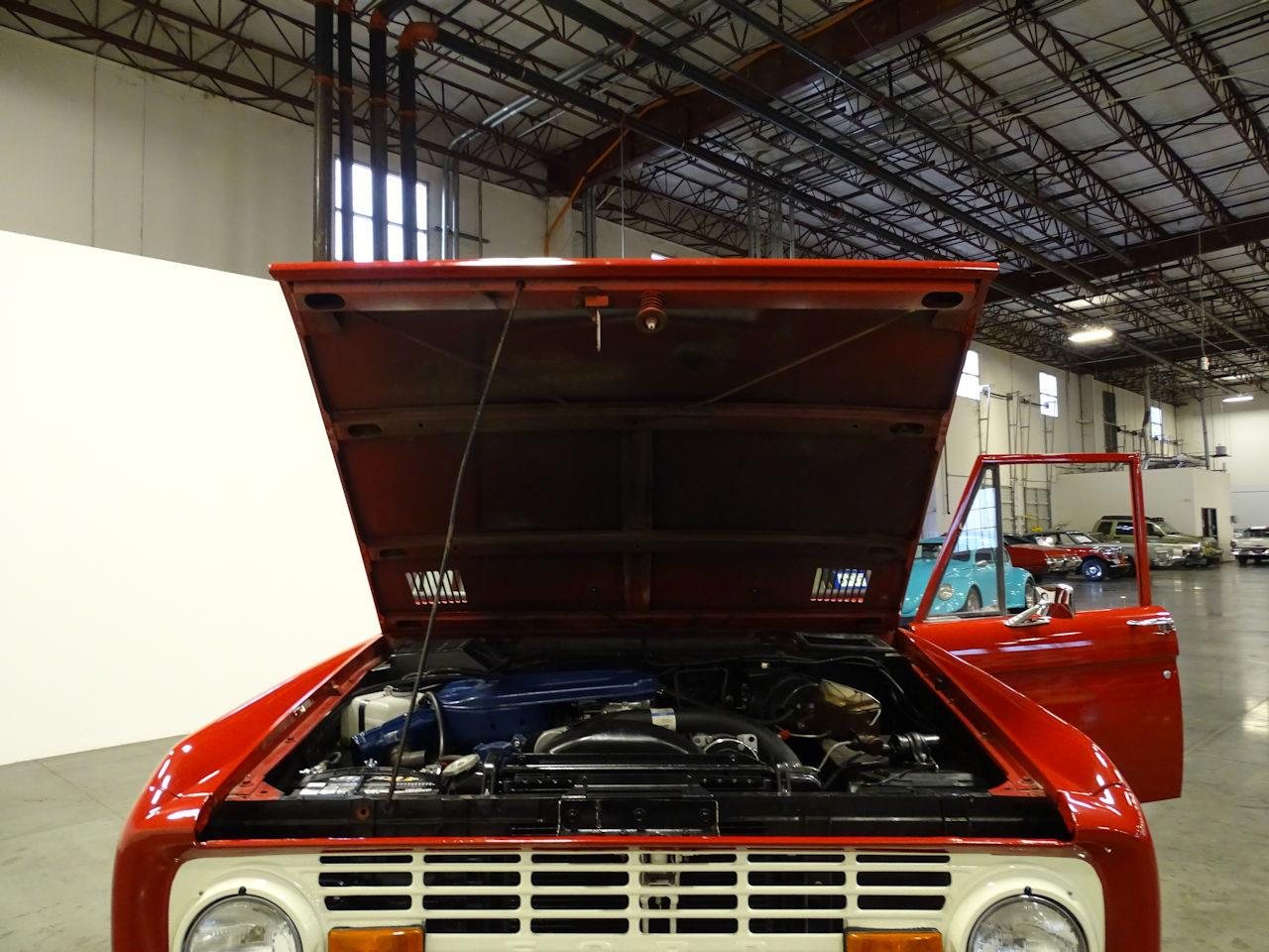 Large Picture of Classic 1973 Bronco located in La Vergne Tennessee - MN68