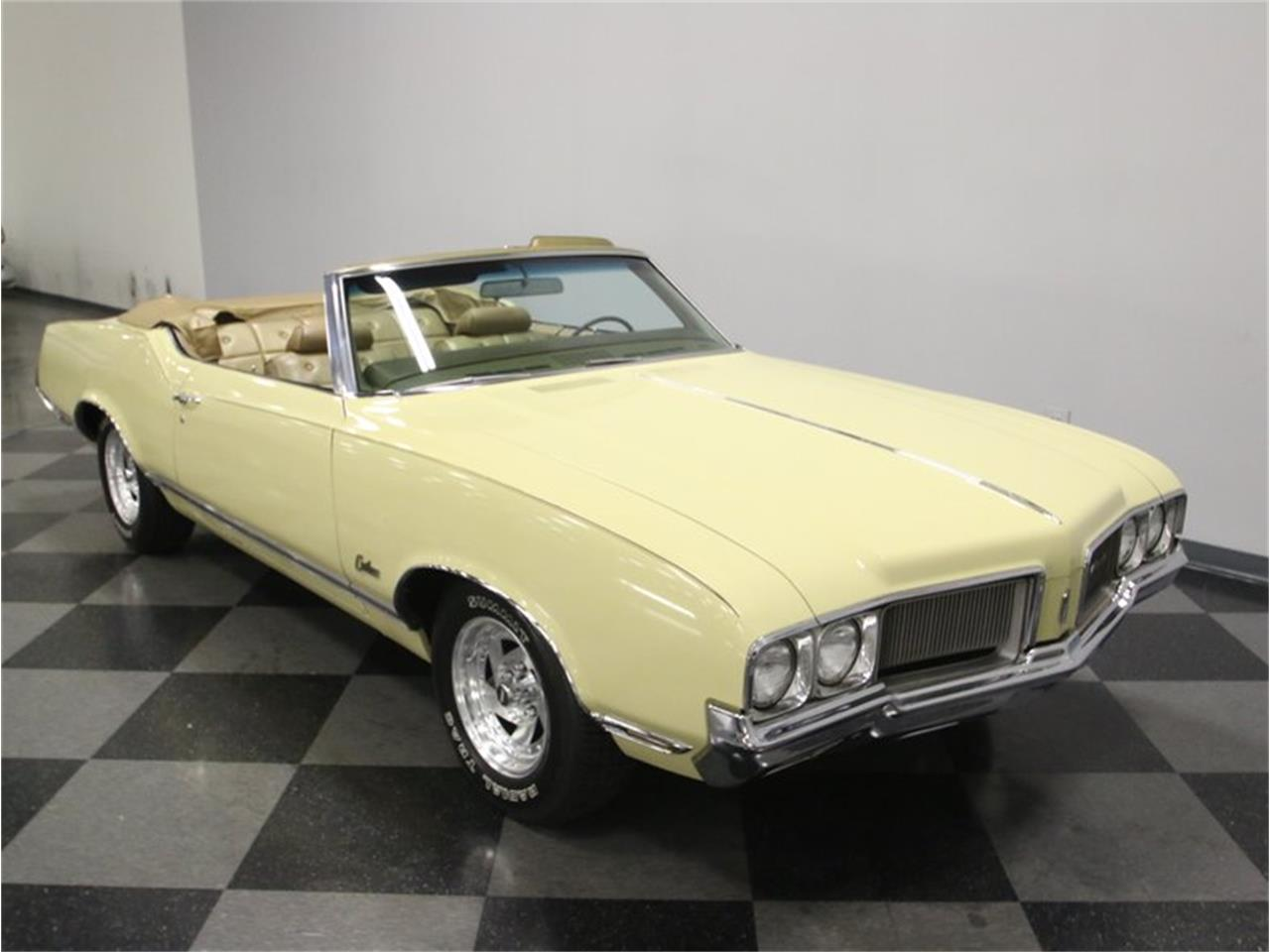 Large Picture of '70 Cutlass Supreme - MIPD