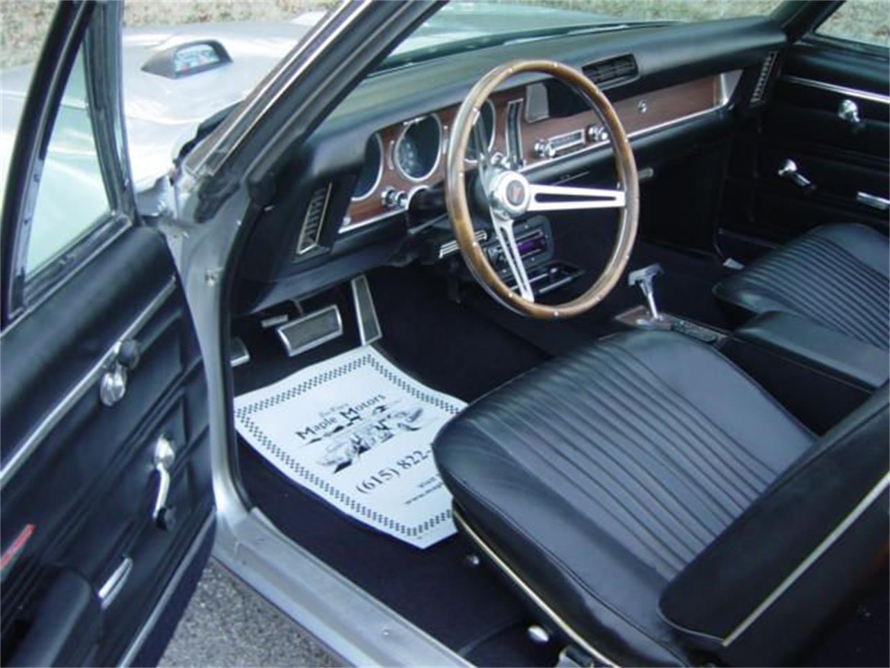 Large Picture of Classic 1968 Pontiac Tempest - MNEK
