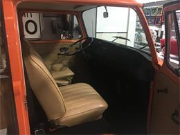 Picture of Classic '73 Volkswagen Camper - MNEQ