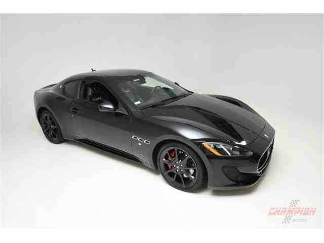Picture of '13 Maserati GranTurismo located in New York Offered by  - MNGR