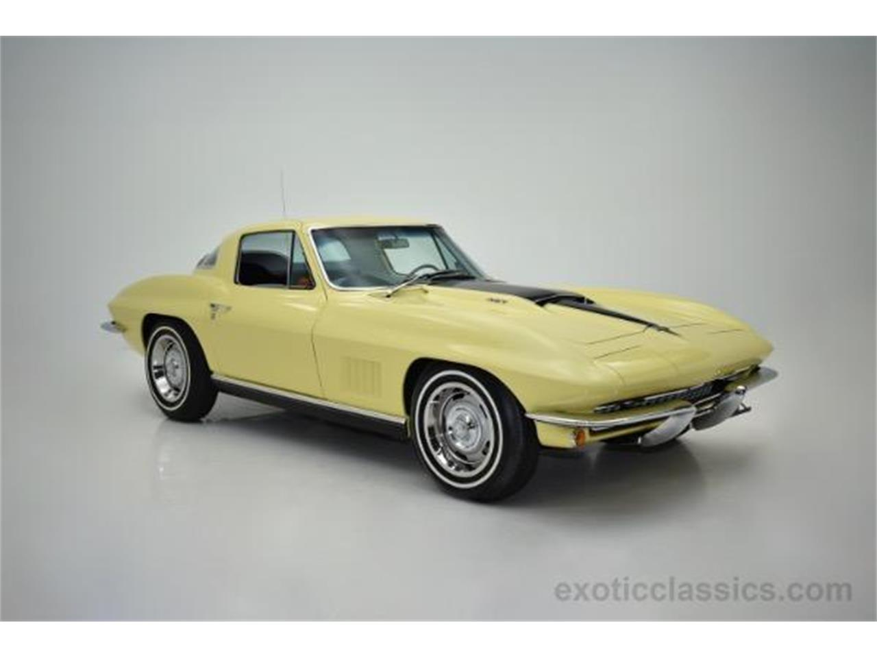 Large Picture of Classic 1967 Chevrolet Corvette located in New York Offered by Champion Motors - MNH0