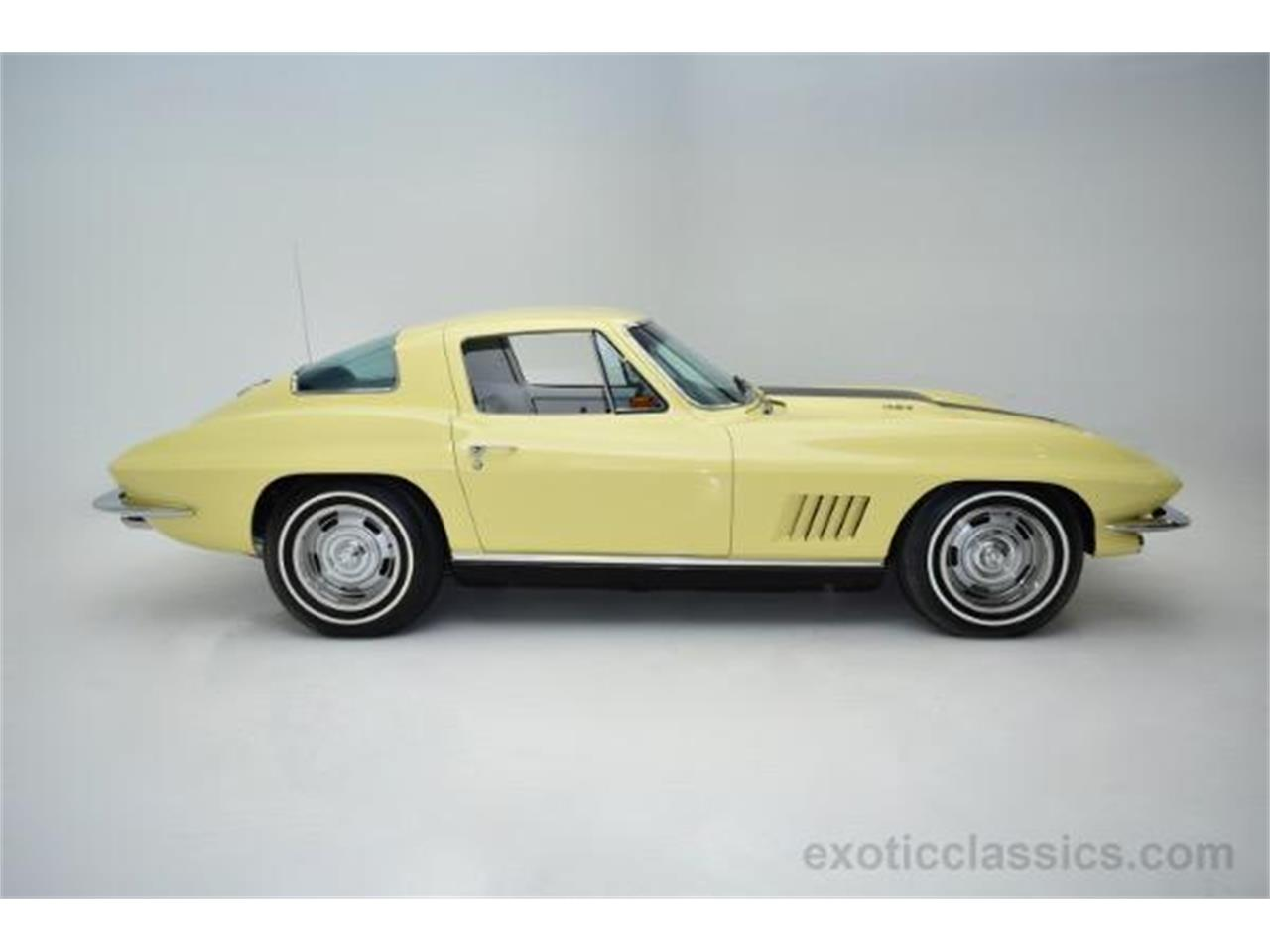 Large Picture of '67 Corvette located in New York Offered by Champion Motors - MNH0