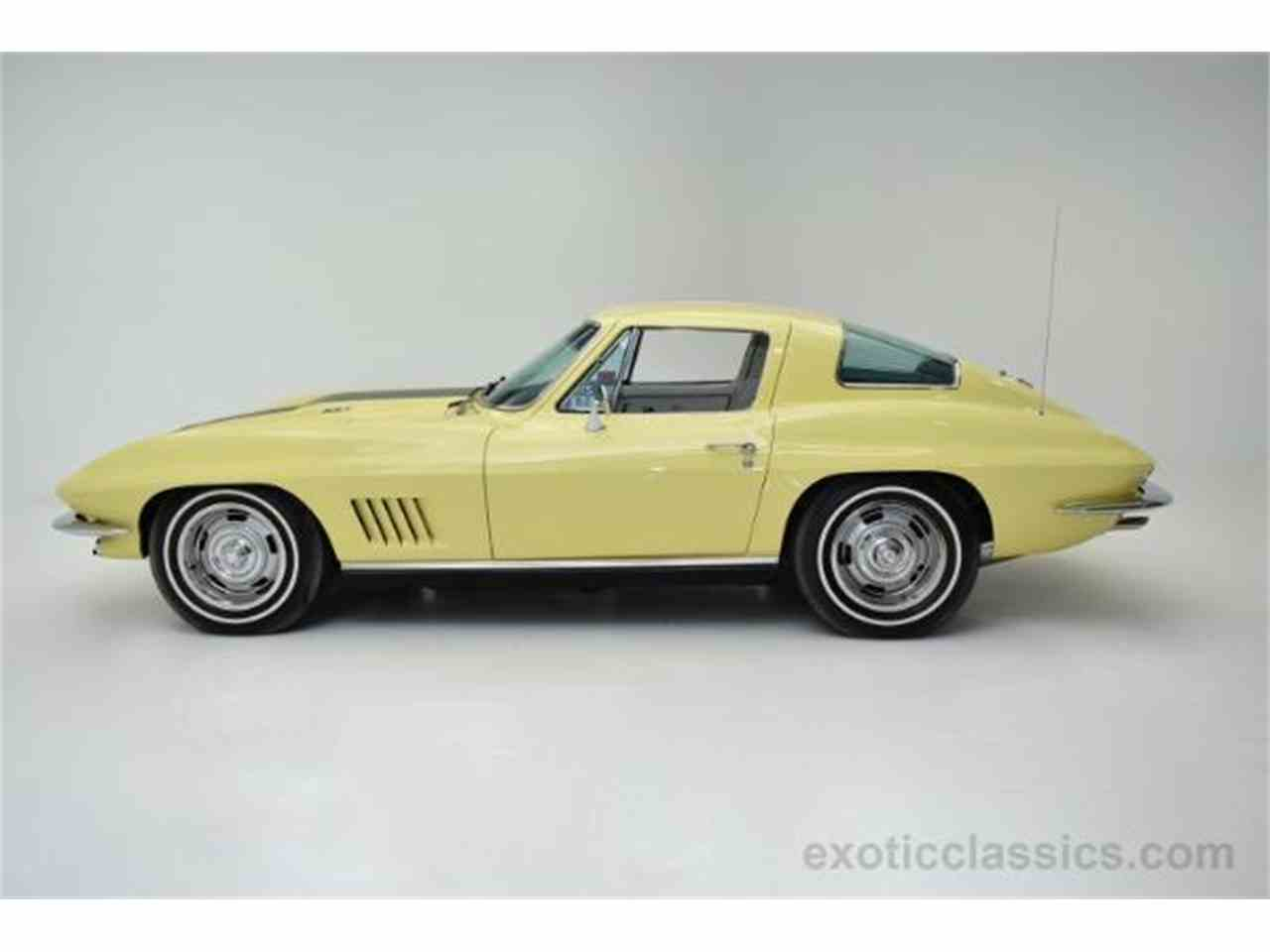 Large Picture of '67 Corvette located in Syosset New York - $275,000.00 Offered by Champion Motors - MNH0