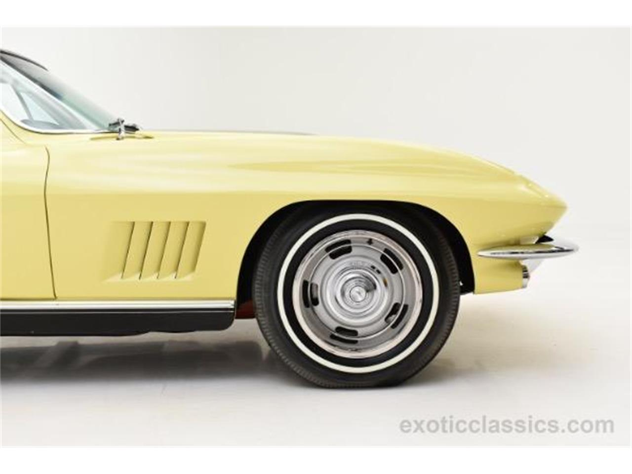 Large Picture of 1967 Chevrolet Corvette located in Syosset New York Offered by Champion Motors - MNH0
