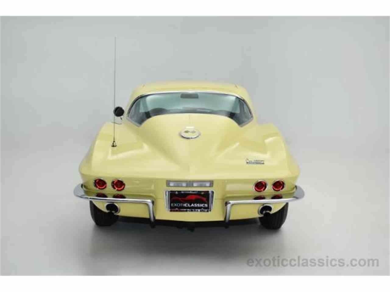 Large Picture of Classic '67 Corvette Offered by Champion Motors - MNH0