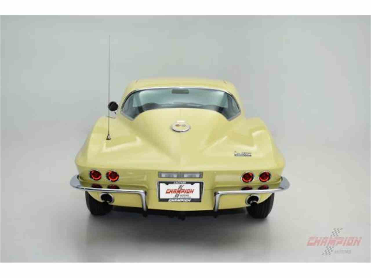 Large Picture of Classic '67 Chevrolet Corvette located in Syosset New York Offered by Champion Motors - MNH0