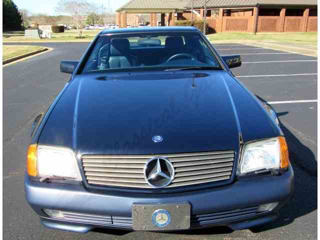 Picture of 1991 Mercedes-Benz SL500 located in Arlington Texas Offered by Classical Gas Enterprises - MNKP