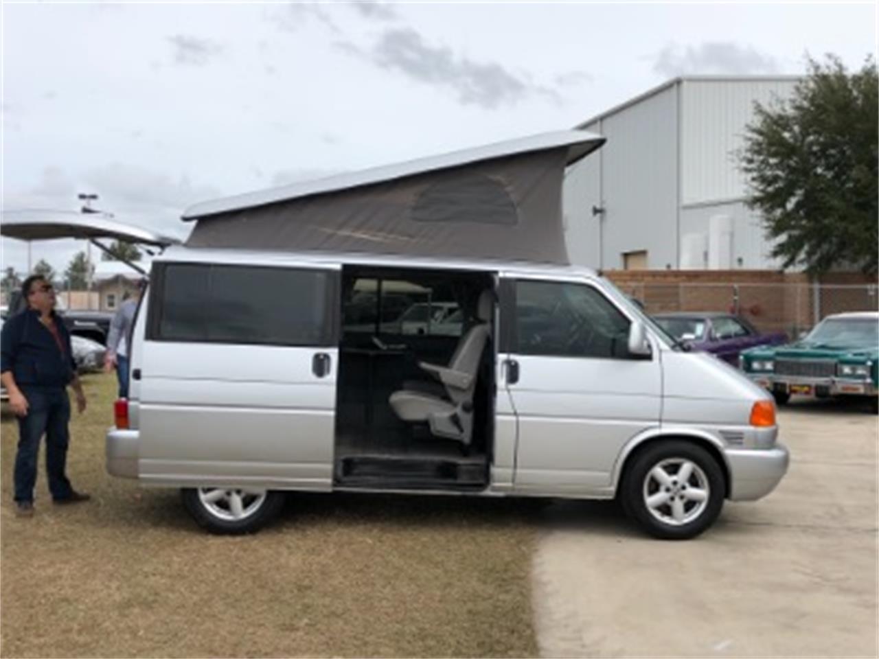 Large Picture of 2002 Volkswagen Van - $14,500.00 - MNLF