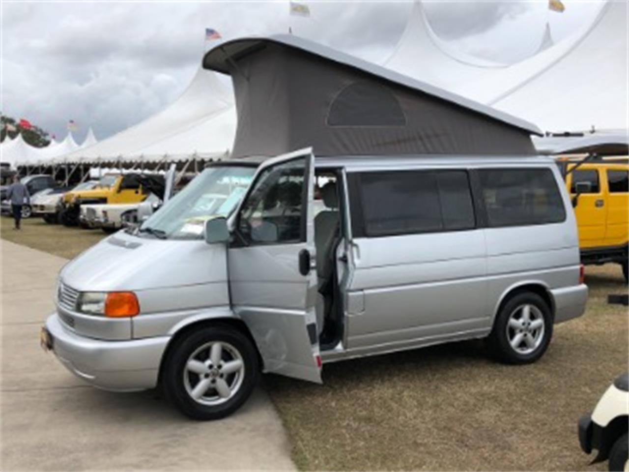Large Picture of '02 Volkswagen Van - $14,500.00 - MNLF