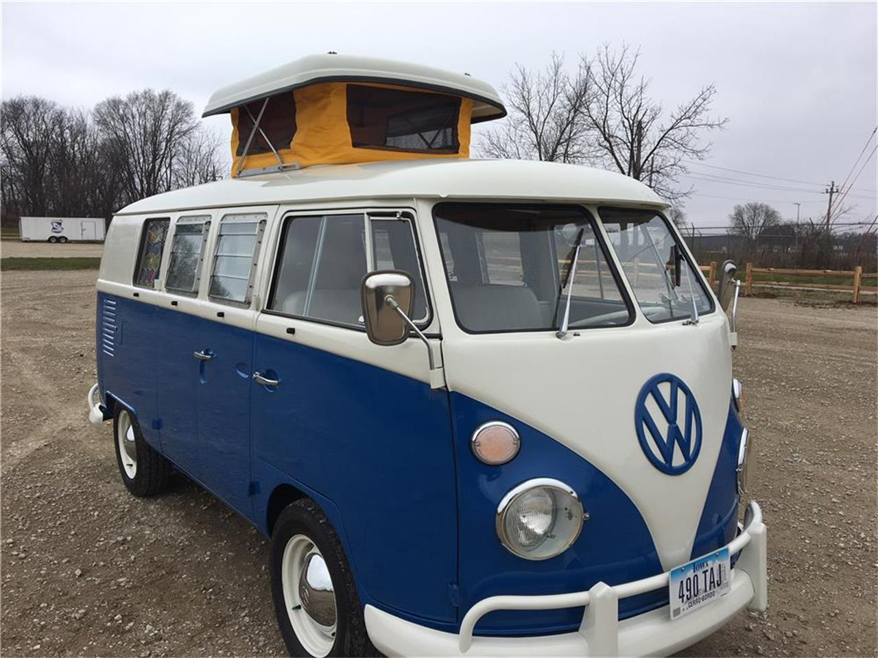Large Picture of '65 Volkswagen Westfalia Camper located in Scottsdale Arizona Auction Vehicle Offered by Barrett-Jackson Auctions - MNMZ