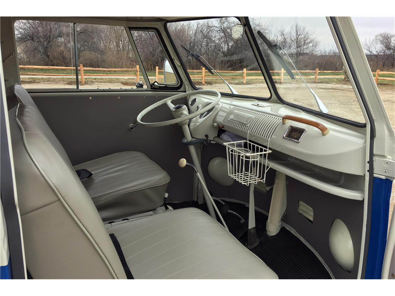 Large Picture of 1965 Volkswagen Westfalia Camper Offered by Barrett-Jackson Auctions - MNMZ