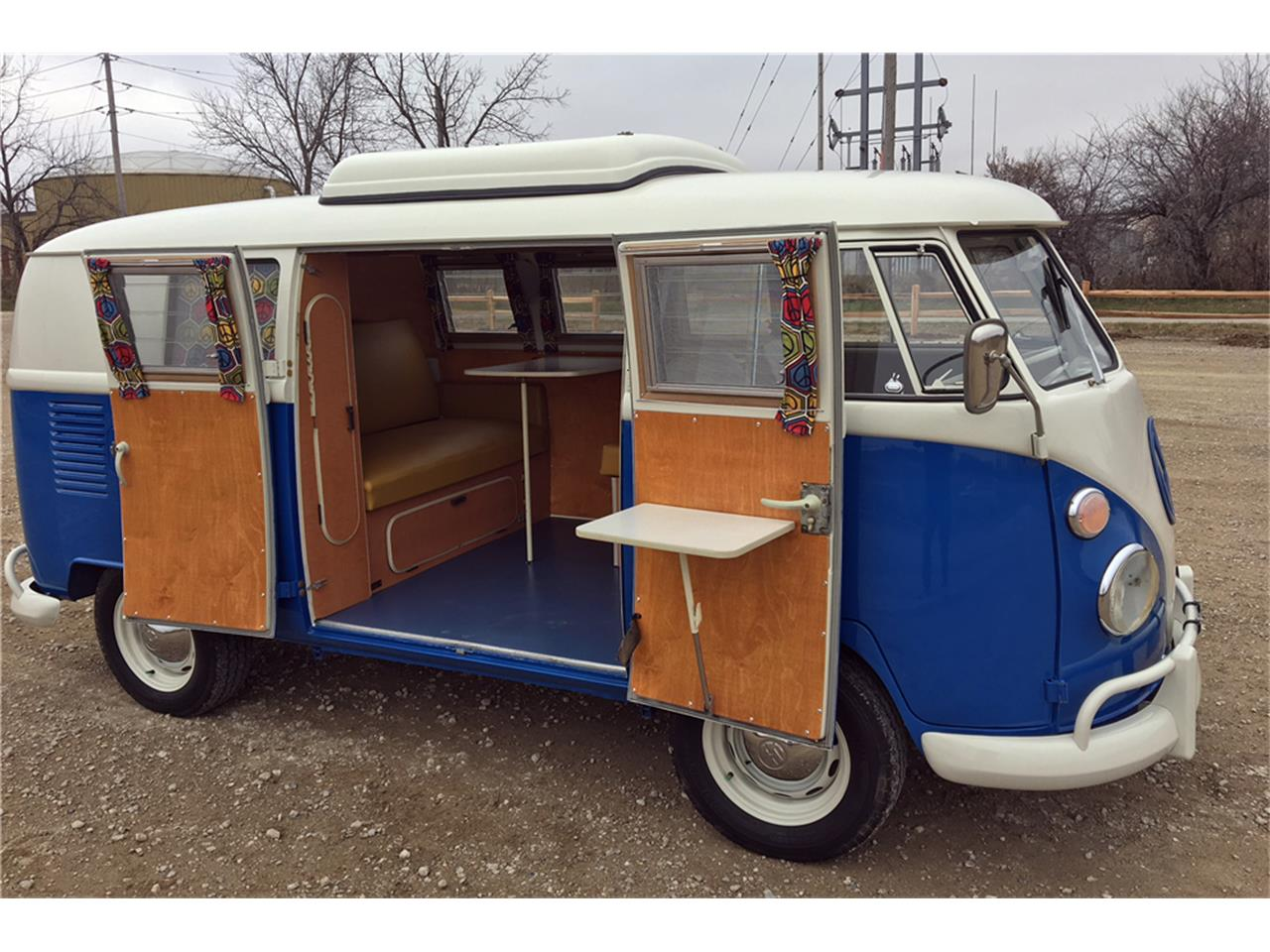 Large Picture of '65 Volkswagen Westfalia Camper Offered by Barrett-Jackson Auctions - MNMZ