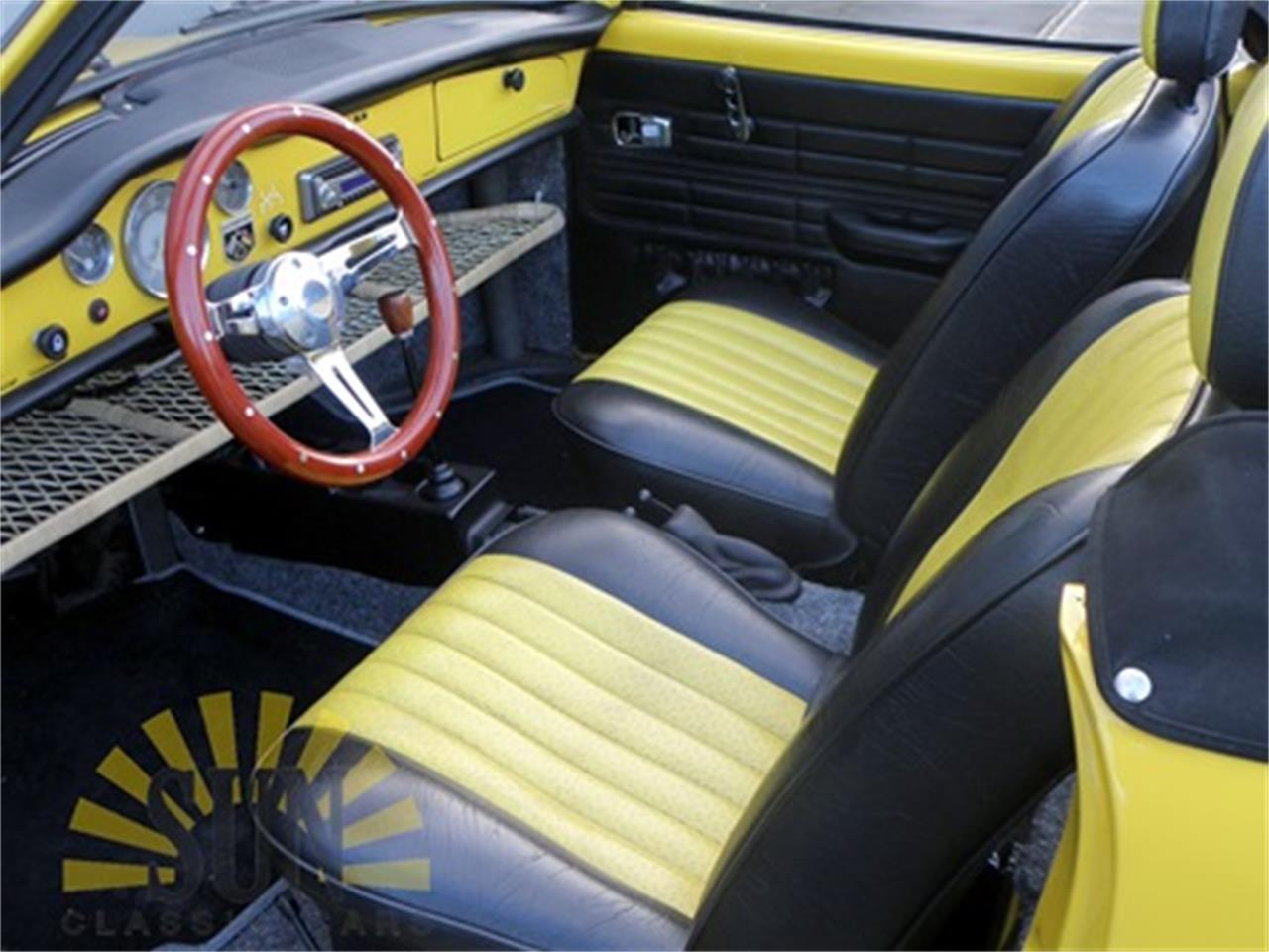 Large Picture of Classic 1971 Volkswagen Karmann Ghia - MNPJ