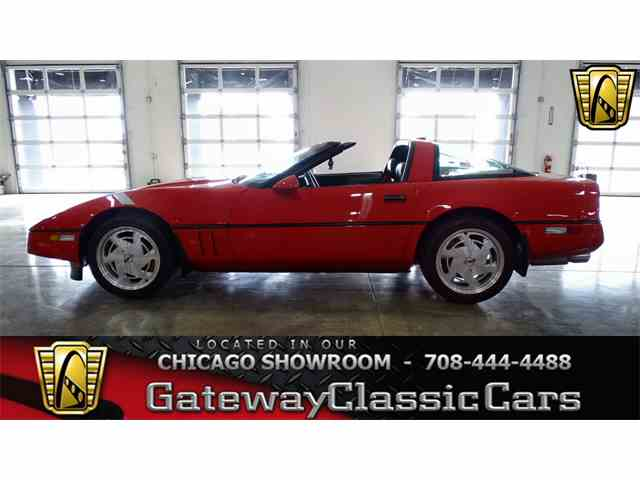 Picture of 1989 Chevrolet Corvette located in Illinois - MNTN
