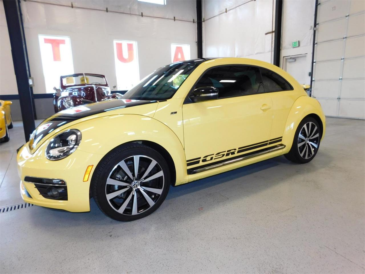 Large Picture of 2014 Volkswagen Beetle - MNZK