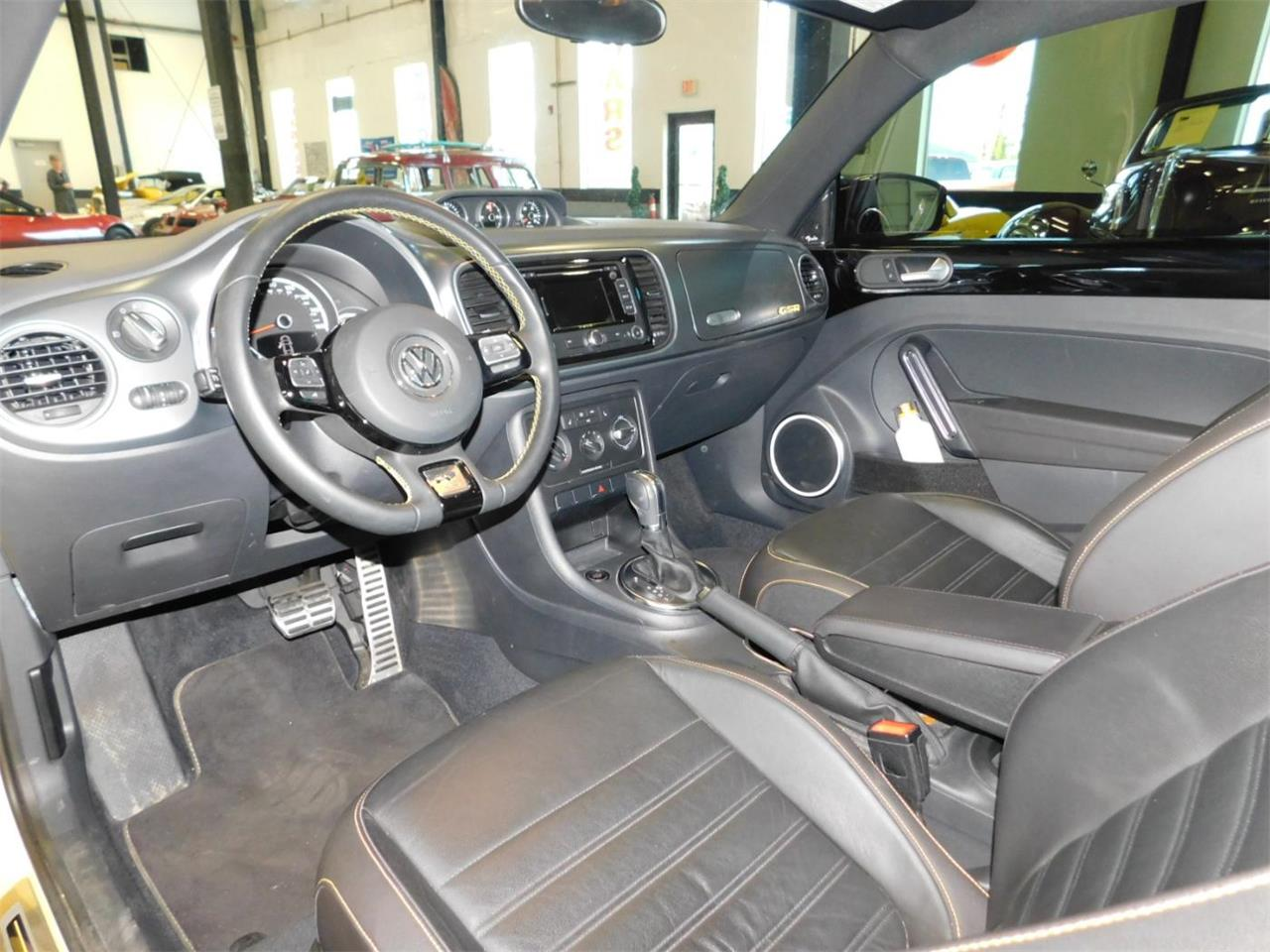 Large Picture of 2014 Volkswagen Beetle Offered by Bend Park And Sell - MNZK