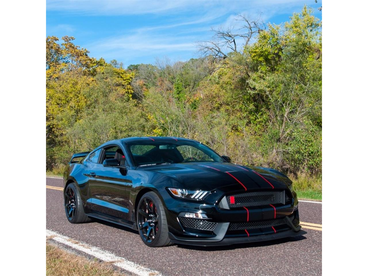 Large Picture of 2016 Mustang Shelby GT350 located in St. Louis Missouri - $98,900.00 Offered by MotoeXotica Classic Cars - MNZL