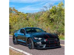 Picture of 2016 Ford Mustang Shelby GT350 - $98,900.00 Offered by MotoeXotica Classic Cars - MNZL