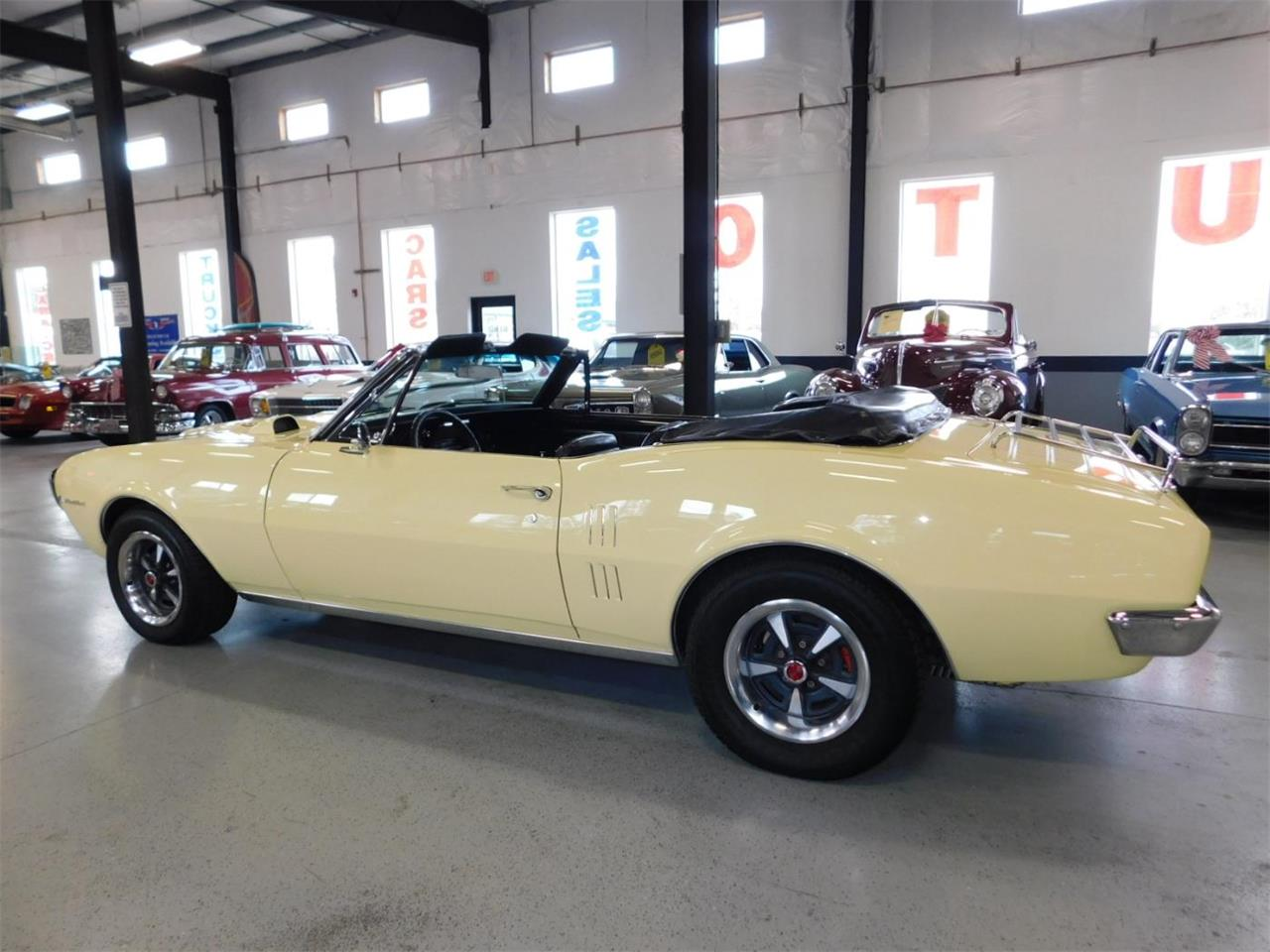 Large Picture of '67 Pontiac Firebird 400 - MNZY