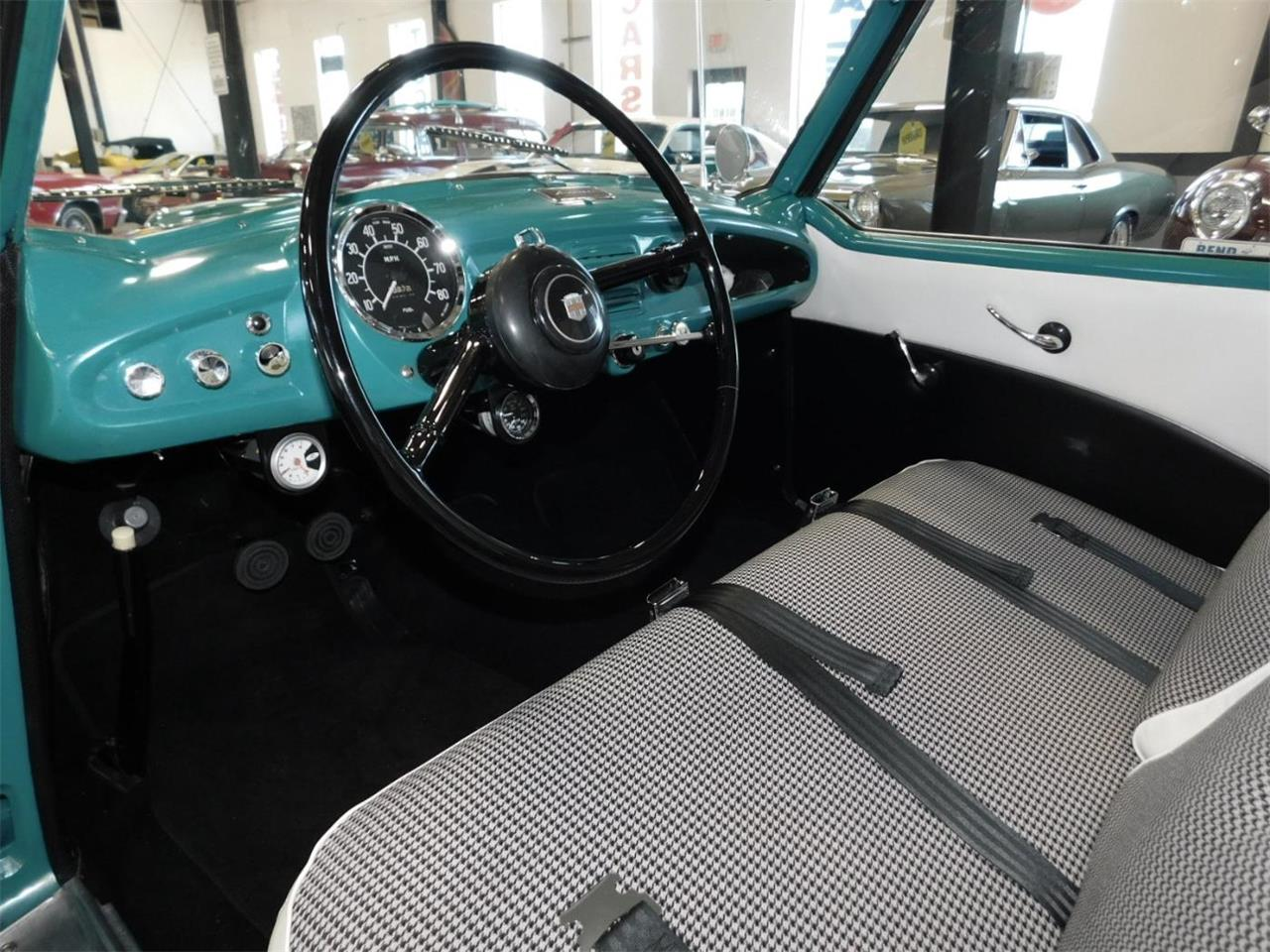 Large Picture of '54 Metropolitan - MO01