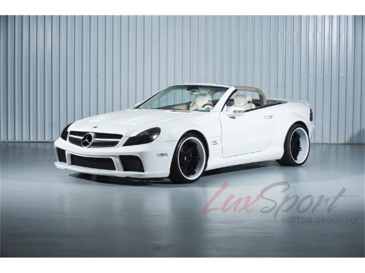 Large Picture of '03 Mercedes-Benz SL500 located in New York - $39,995.00 - MO0A