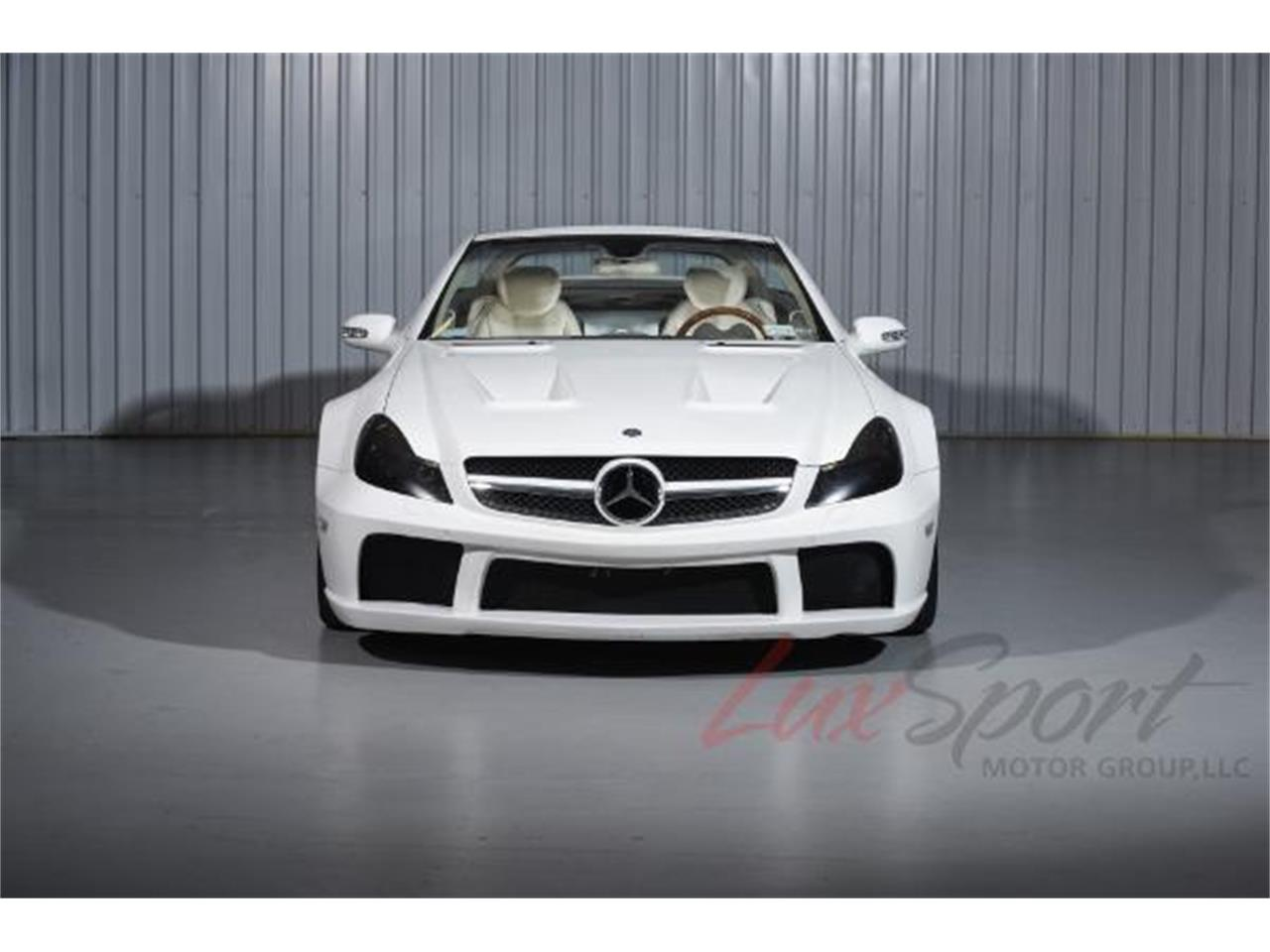 Large Picture of 2003 Mercedes-Benz SL500 located in New York Offered by LuxSport Motor Group, LLC - MO0A