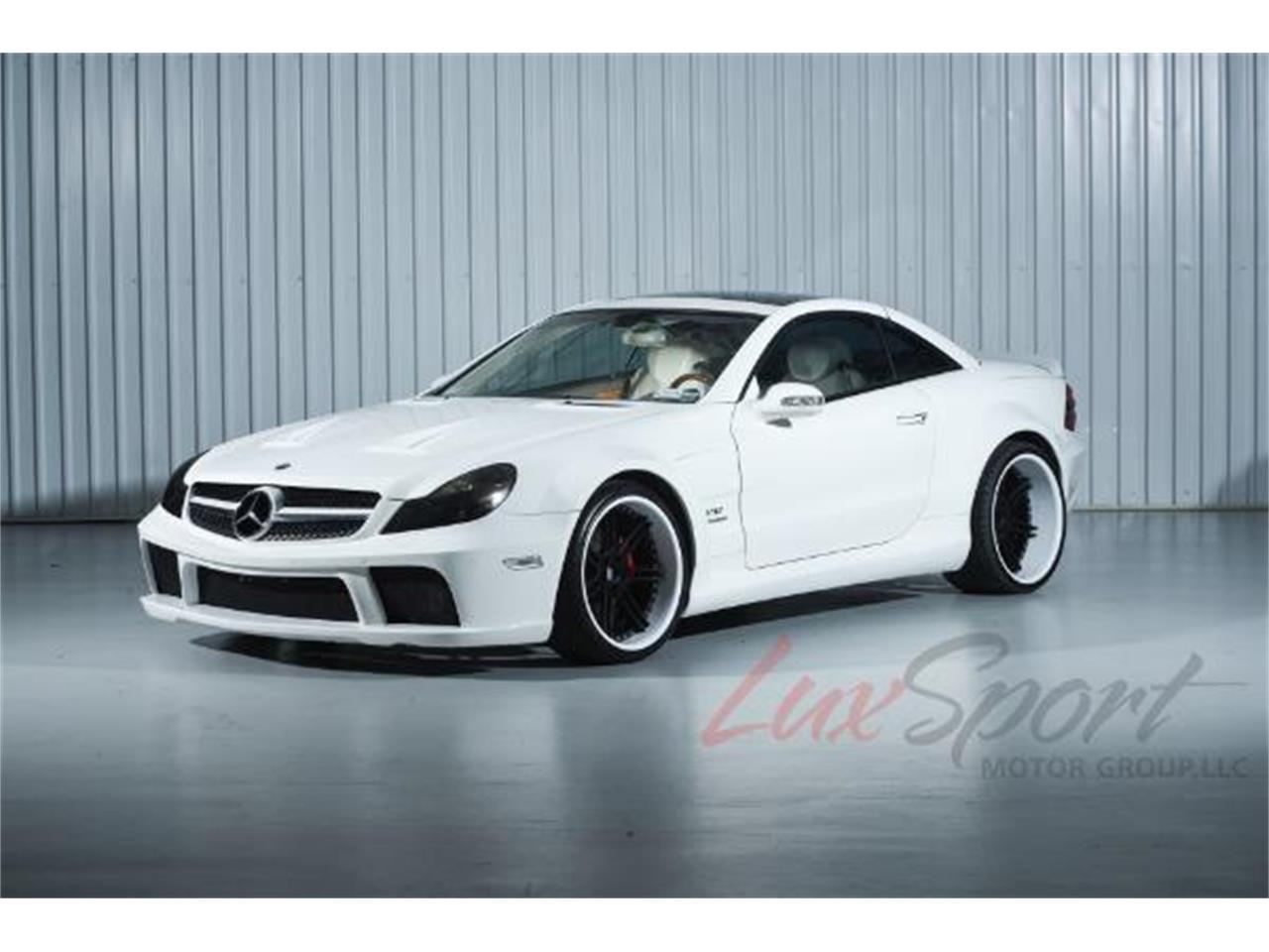 Large Picture of 2003 Mercedes-Benz SL500 located in New Hyde Park New York Offered by LuxSport Motor Group, LLC - MO0A