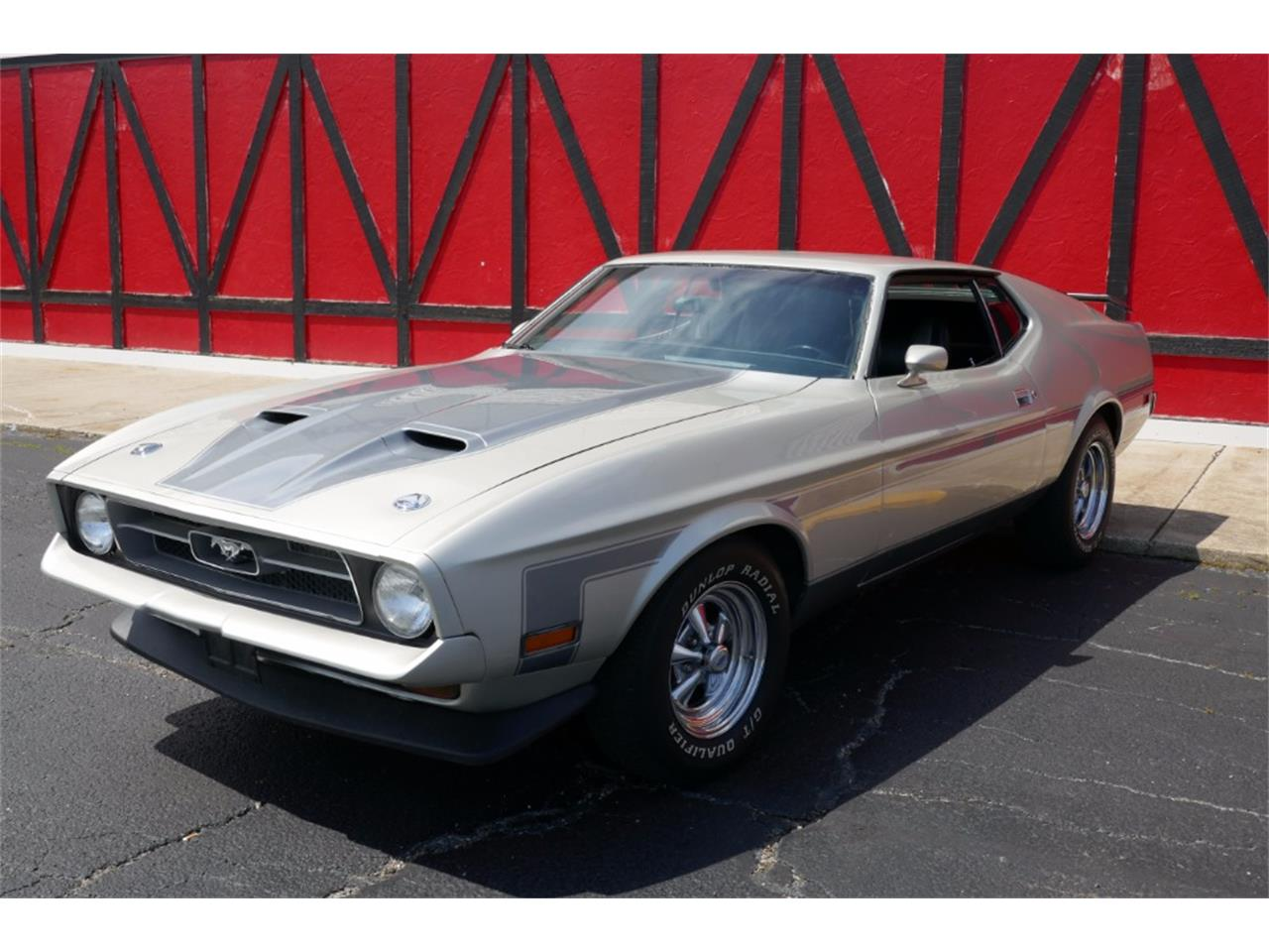 Large Picture of Classic '71 Mustang located in Mundelein Illinois Offered by VICCI Car Auctions - MO11