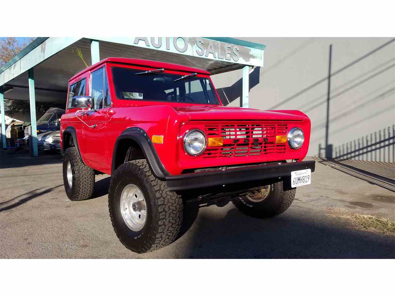Large Picture of '70 Bronco - MO16