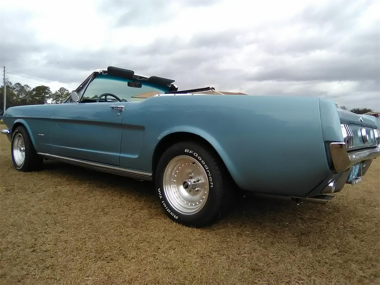 Large Picture of Classic '66 Ford Mustang located in Florida - MO1B