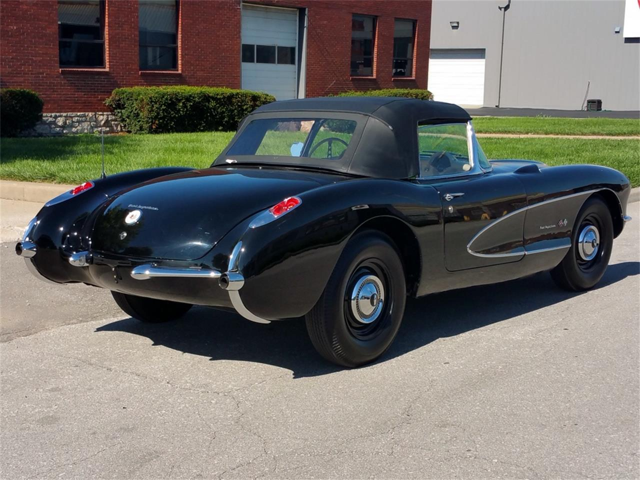 Large Picture of Classic '57 Chevrolet Corvette located in Missouri - MO1R
