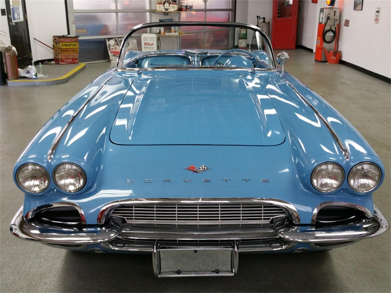 Large Picture of '61 Corvette - MO1T