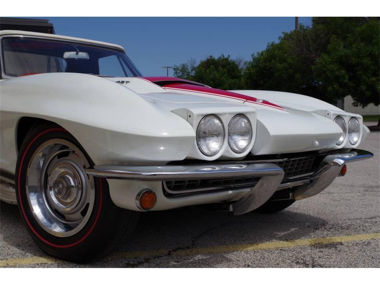 Large Picture of '67 Chevrolet Corvette - MO1U