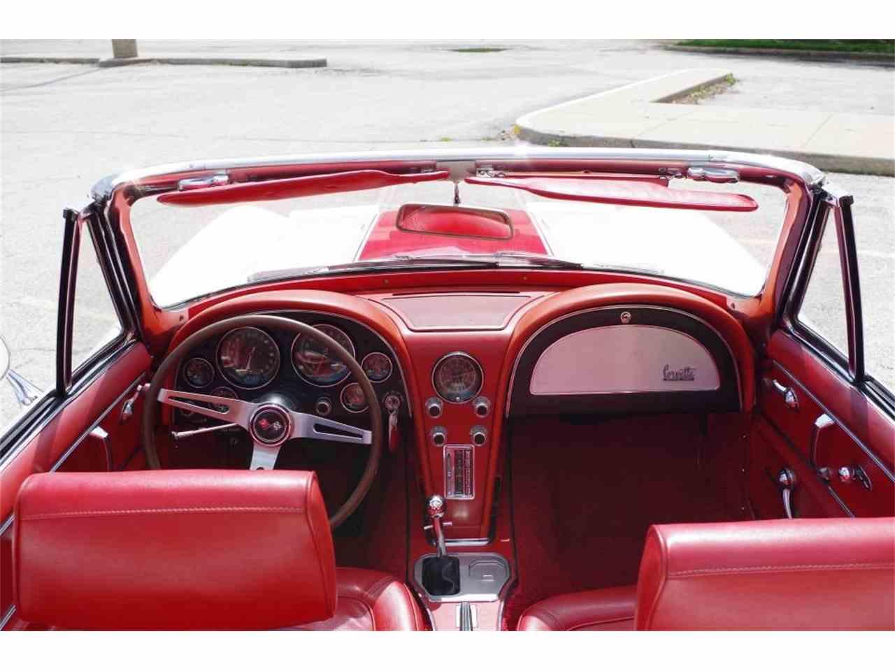 Large Picture of '67 Corvette - MO1U