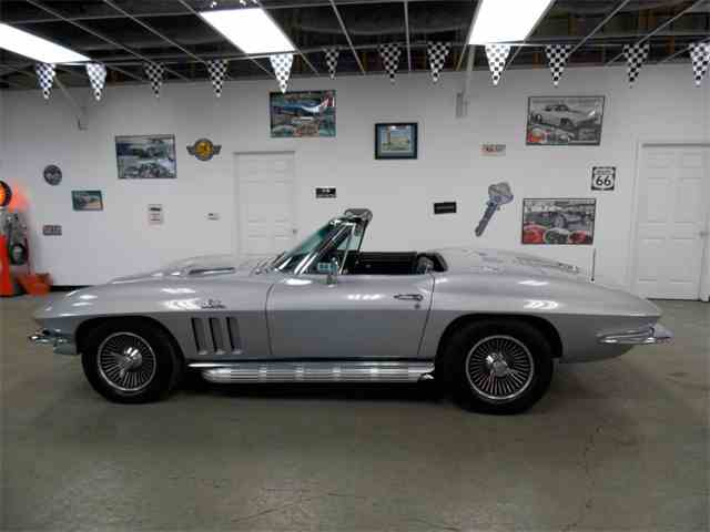 Picture of Classic 1966 Chevrolet Corvette located in N. Kansas City Missouri Offered by Vintage Vettes, LLC - MO1W