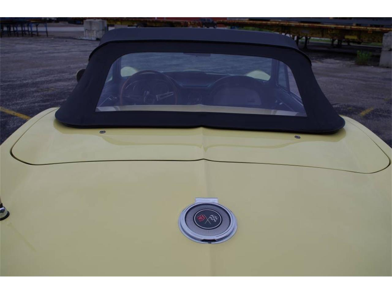 Large Picture of Classic '66 Corvette Offered by Vintage Vettes, LLC - MO1Z