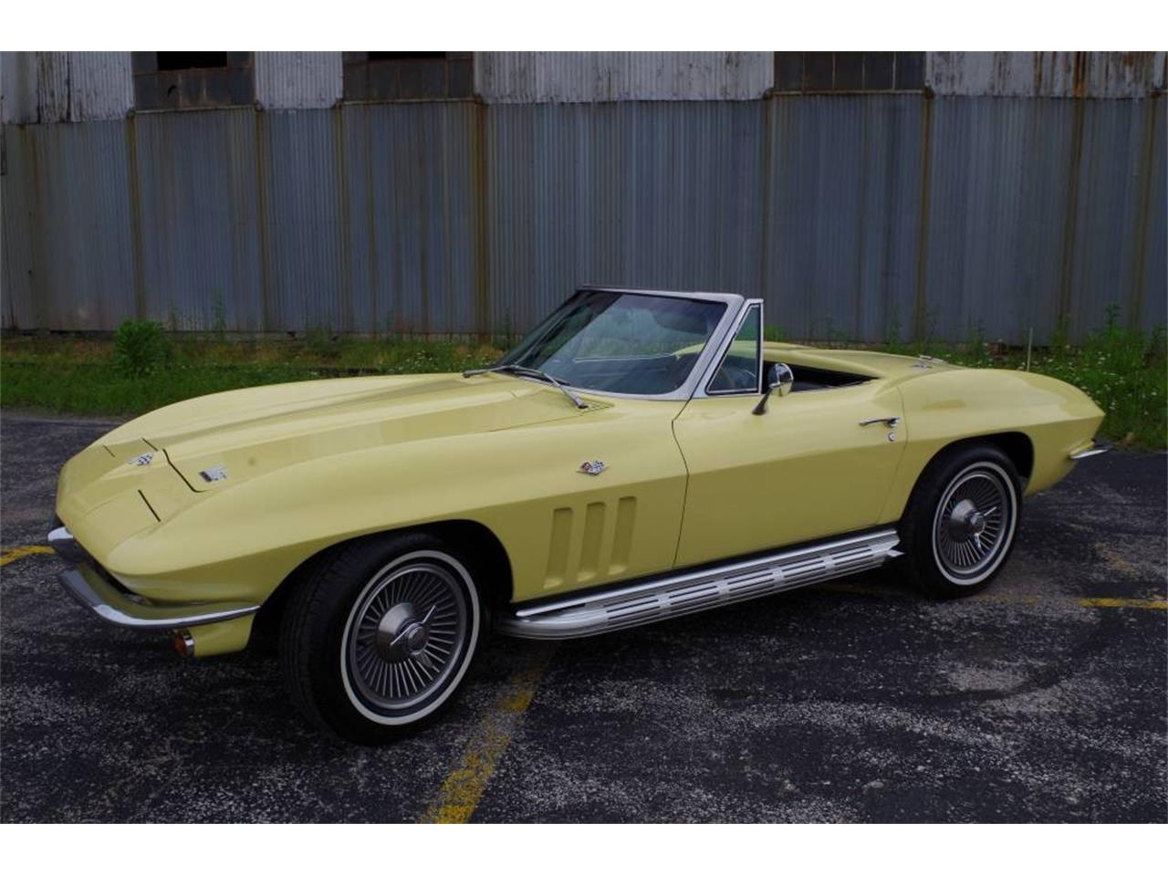 Large Picture of Classic 1966 Corvette located in Missouri - MO1Z