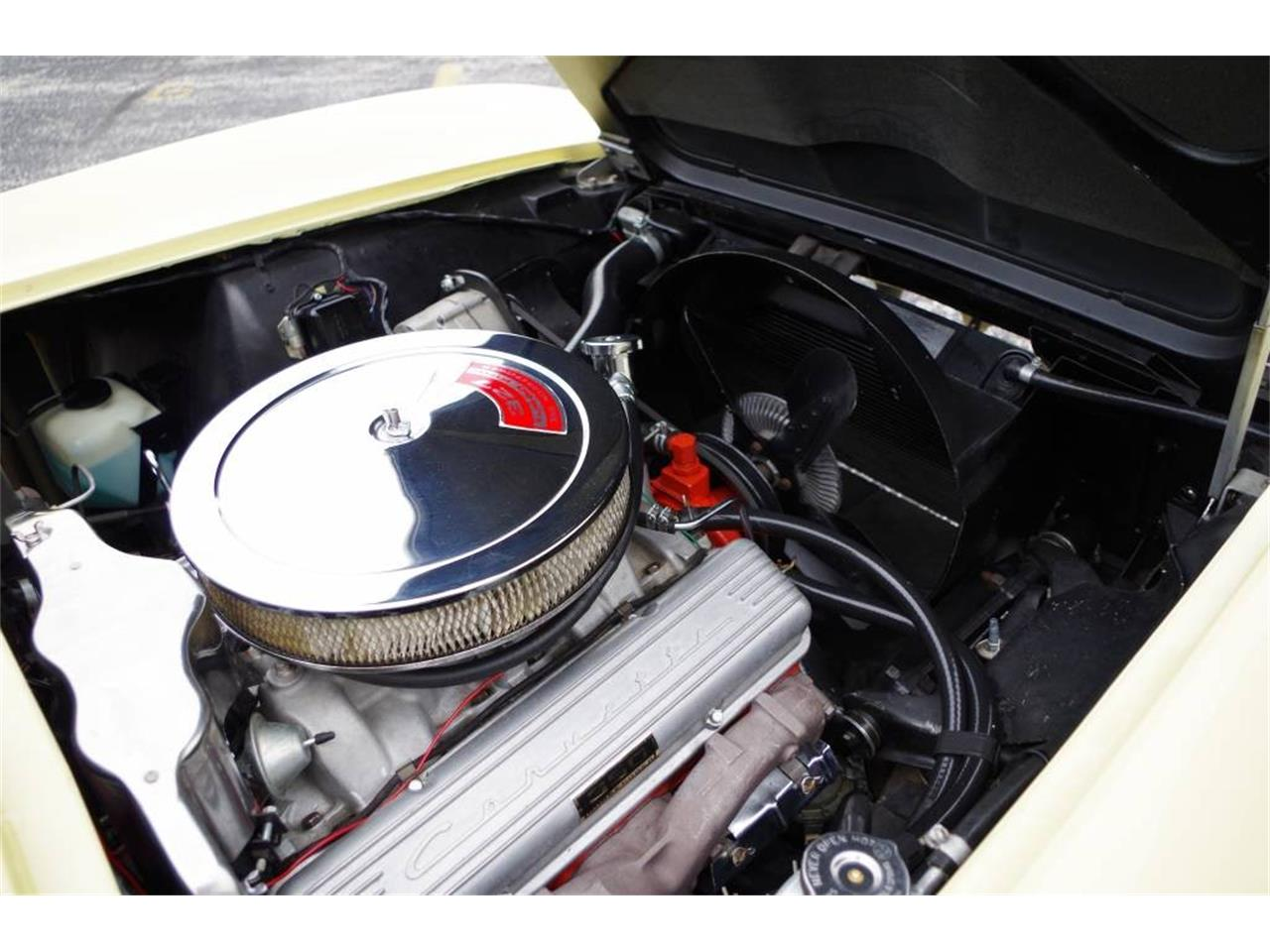 Large Picture of Classic '66 Corvette - MO1Z