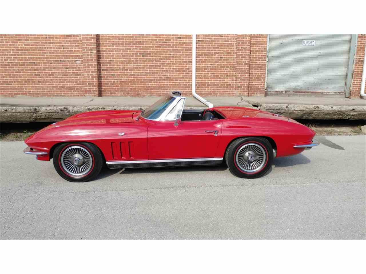 Large Picture of '66 Corvette - MO24