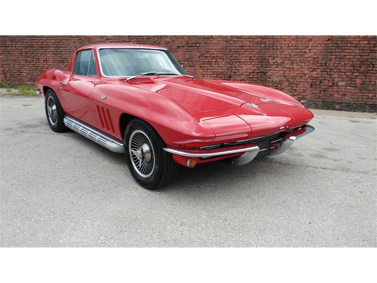 Large Picture of 1966 Corvette located in Missouri - MO25