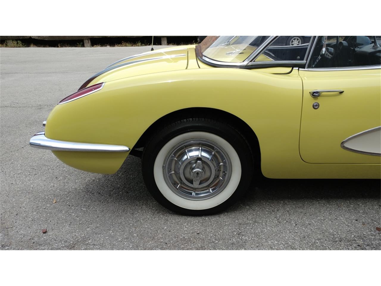 Large Picture of Classic '58 Chevrolet Corvette - $75,999.00 - MO26