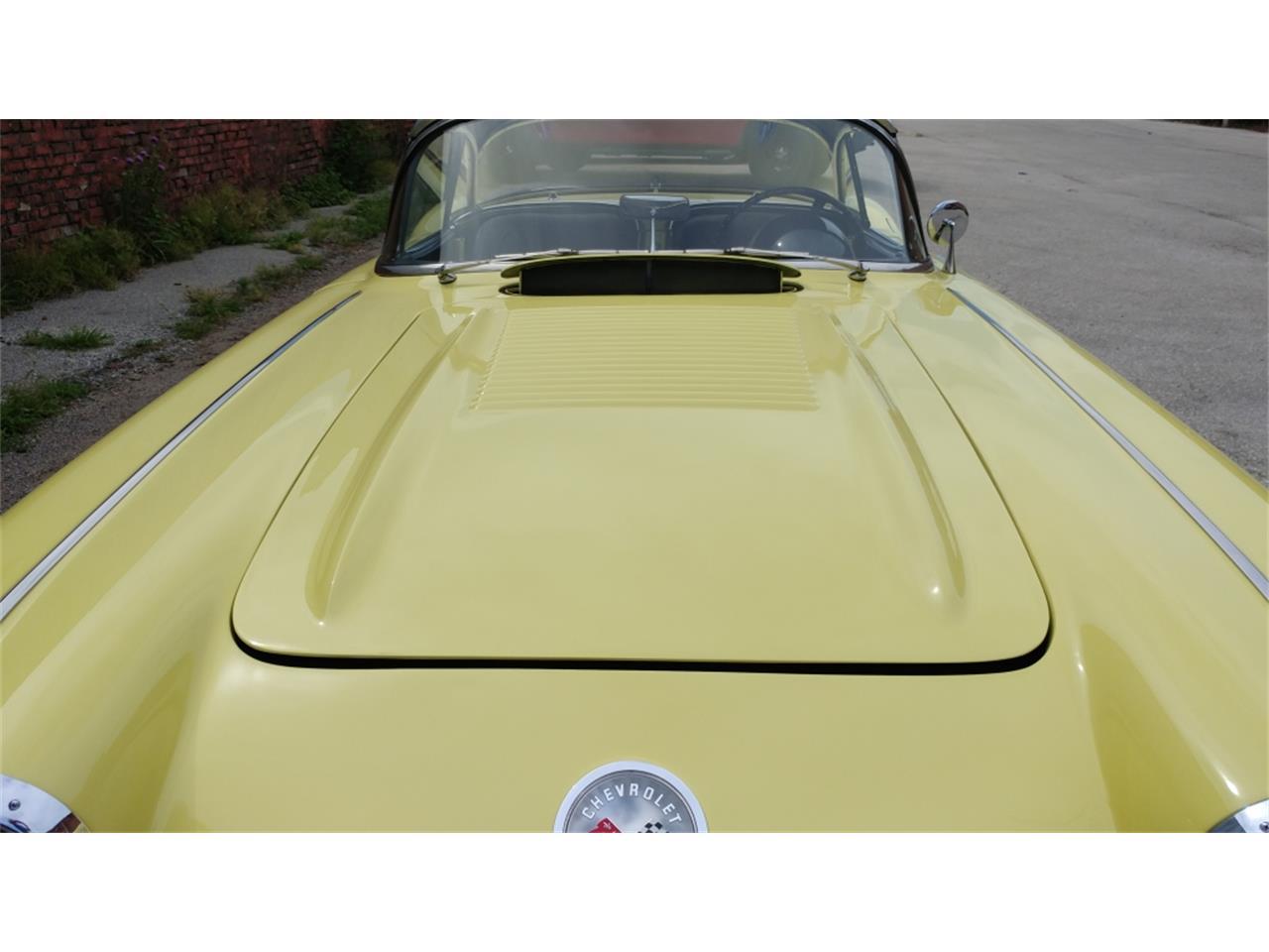 Large Picture of '58 Chevrolet Corvette located in Missouri - MO26