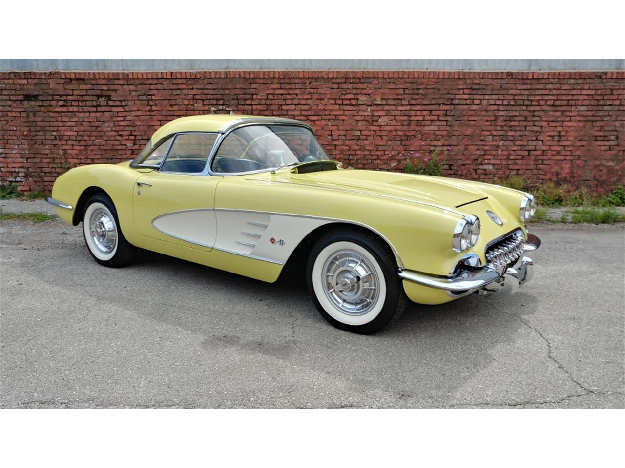 Large Picture of Classic '58 Corvette located in N. Kansas City Missouri - MO26