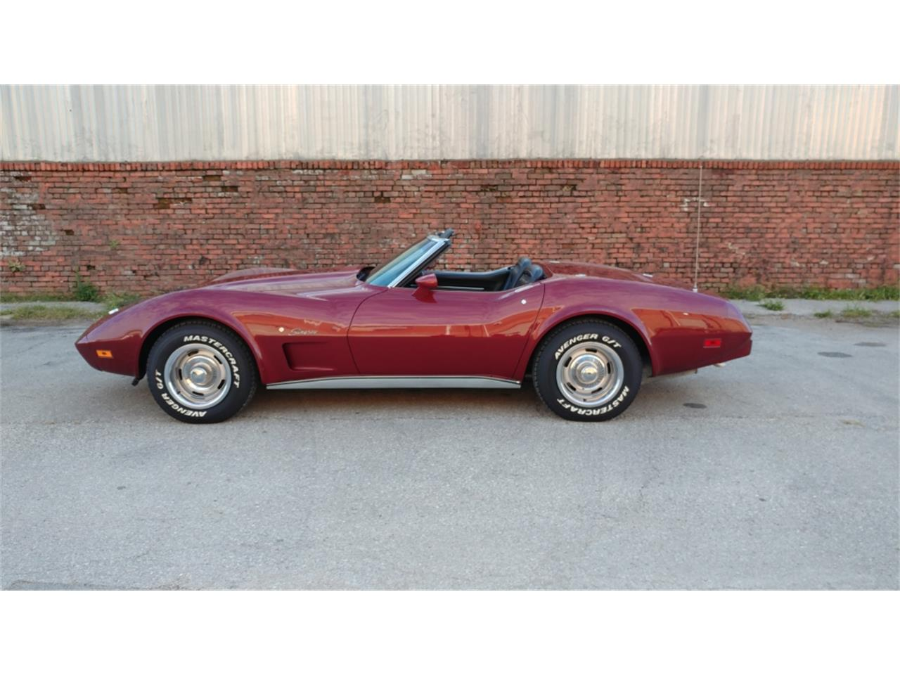 Large Picture of '75 Corvette - $29,995.00 Offered by Vintage Vettes, LLC - MO2D